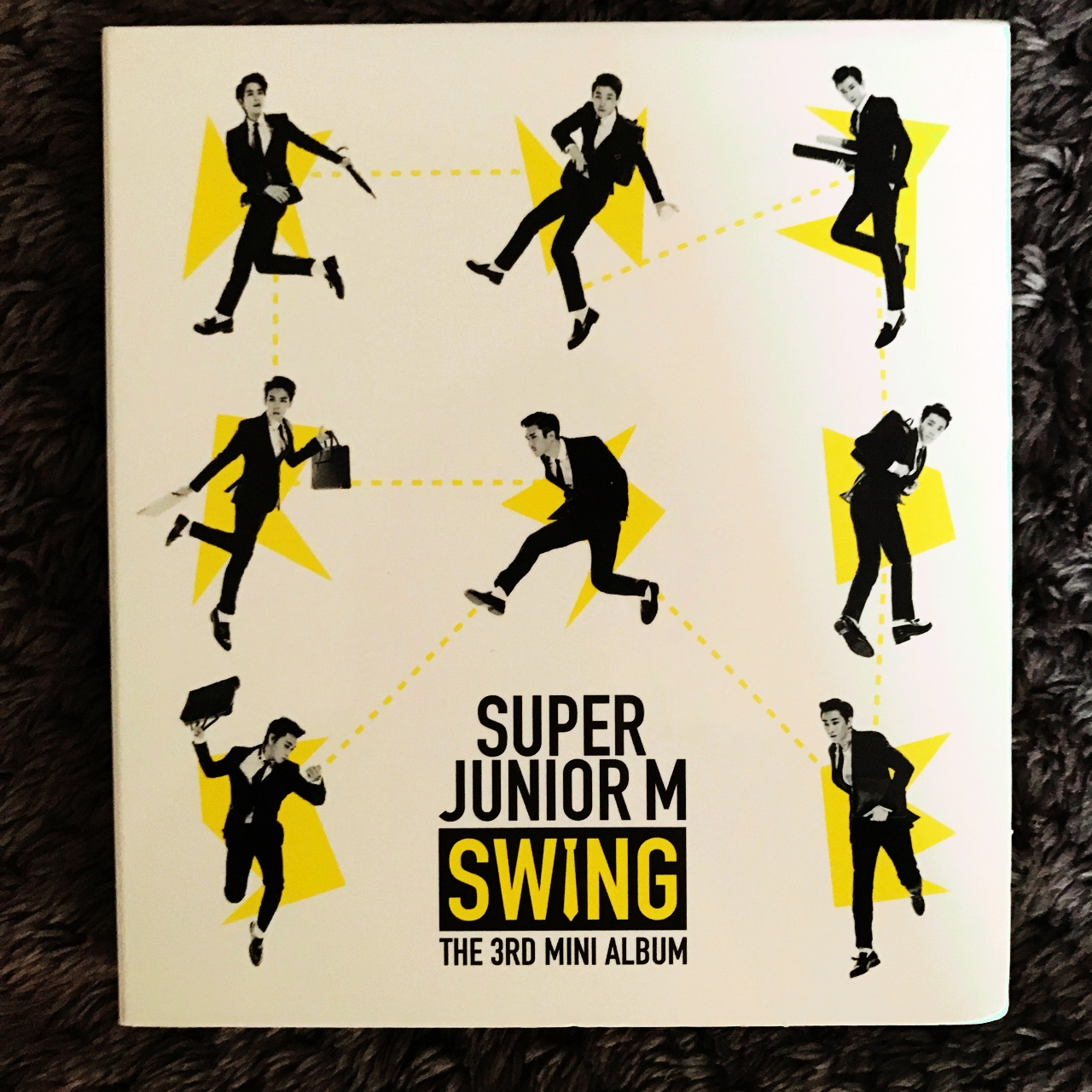 SUPER JUNIOR M SWING. COMES WITH 2 PHOTOCARDS USED Depop
