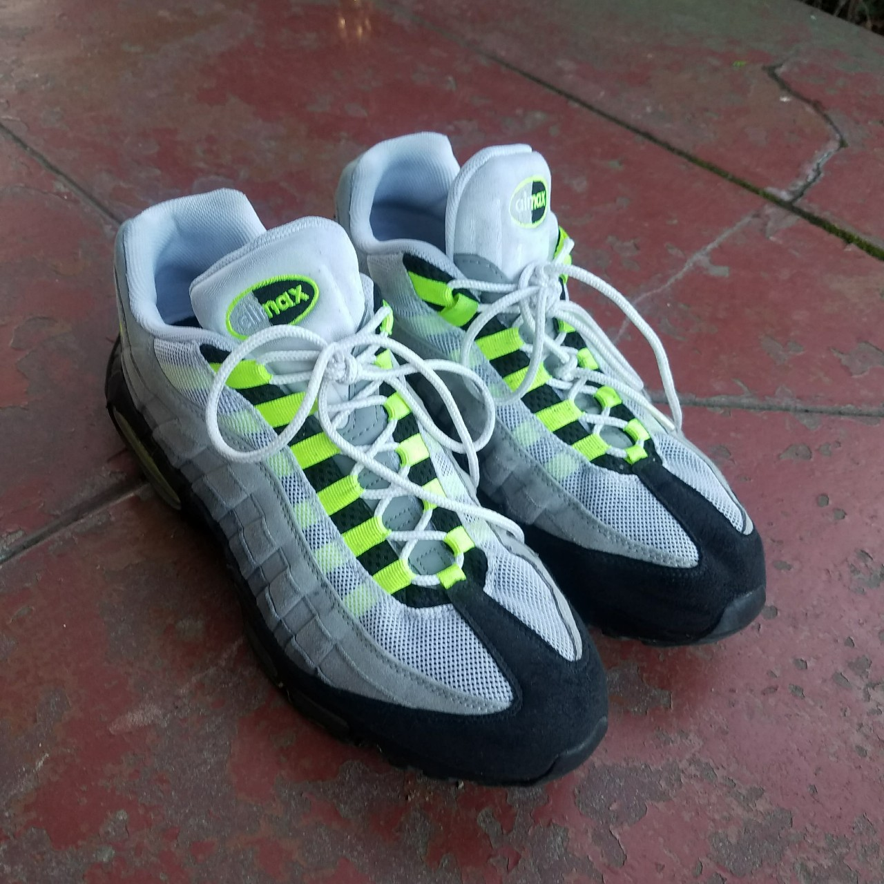Nike Air max 95 neon green and gray Good condition Depop