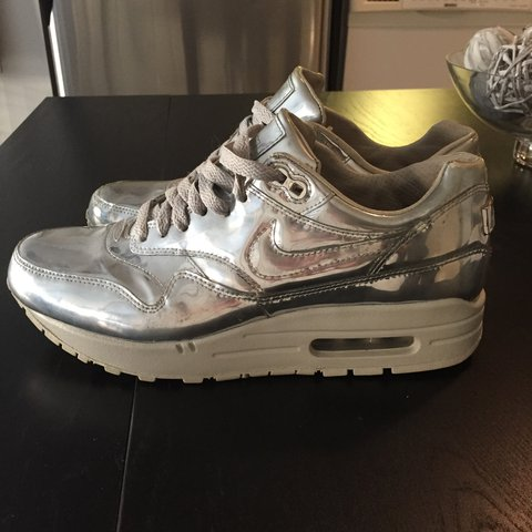6a080549b1a Nike air metallic shoes. Gently used. In very good Size is - Depop