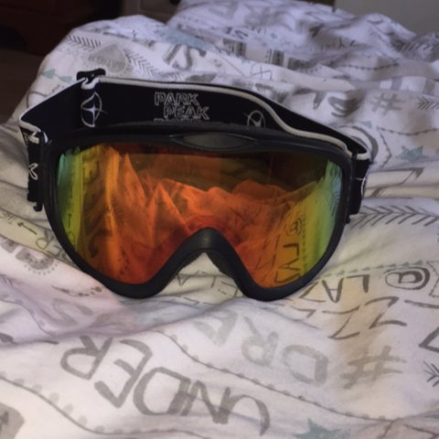 af101711e20a1 Ski goggles📌only been worn used once📌pm offers📌 - Depop