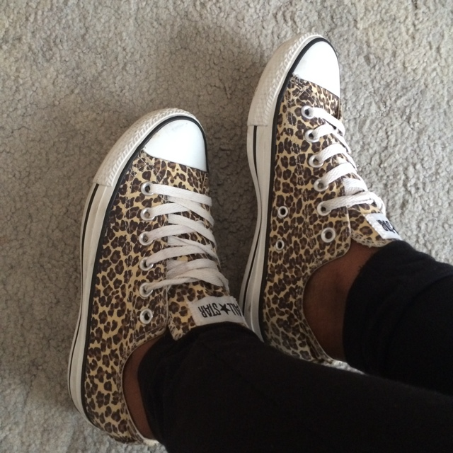 Authentic leopard converse 538 could also fit a 6 Depop