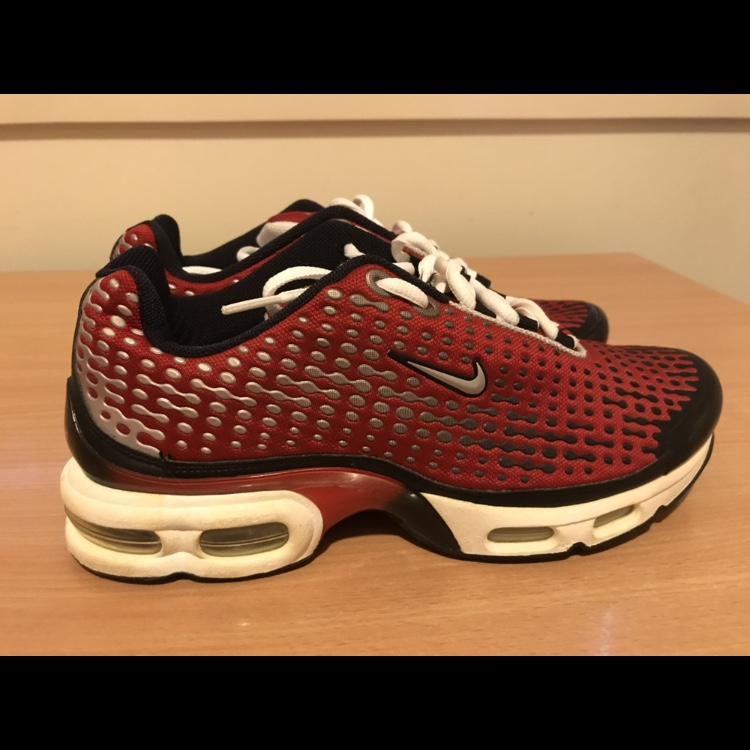 online retailer ad346 dbc15 Nike tn air max plus 7 from 2005 Deadstock never... - Depop