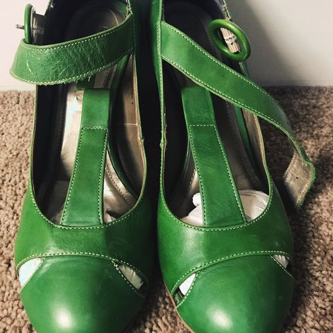 20ef5da8d8e2 Green heels. Size 4. Small heel. Comfortable and easy to in. - Depop