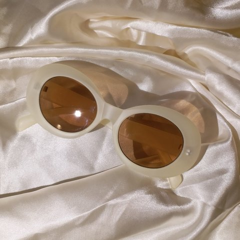 3f6f0e08df4e8 translucent kurt cobain sunnies ! perfect condition