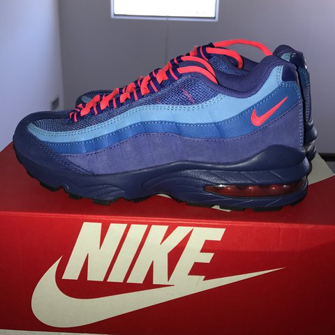 brand new 614f1 68f3a  jay no. 2 years ago. Phoenix, United States. Nike Air Max 95 size 6 ...