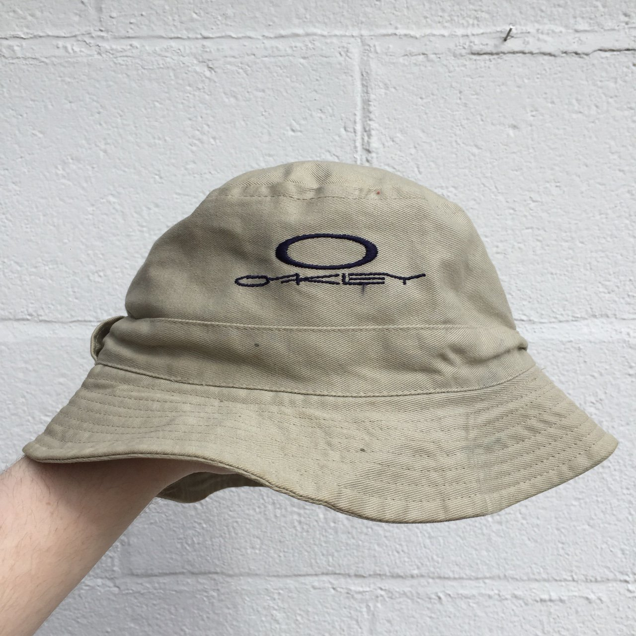 99d539dec18 2 years ago. staffordshire united kingdom. oakley bucket hat d3521 5c2c9