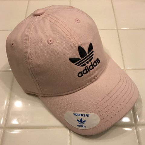 00ef0e3269e BRAND NEW women s pastel pink Adidas logo hat  classic to I - Depop