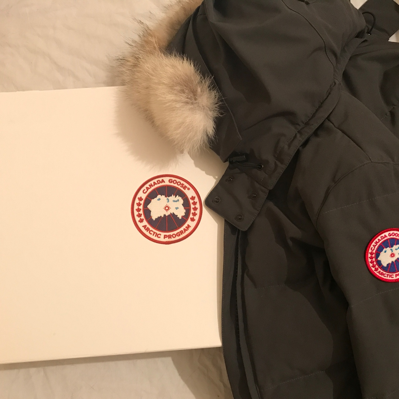 Canada goose coat NEVER USED, PERFECT CONDITION Depop