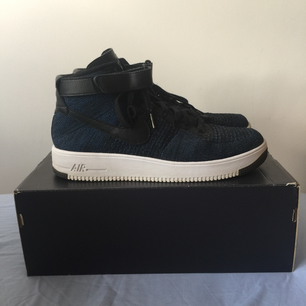 NIKE AIR FORCE ONE ULTRA FLYKNIT MID | SIZE: 12UK