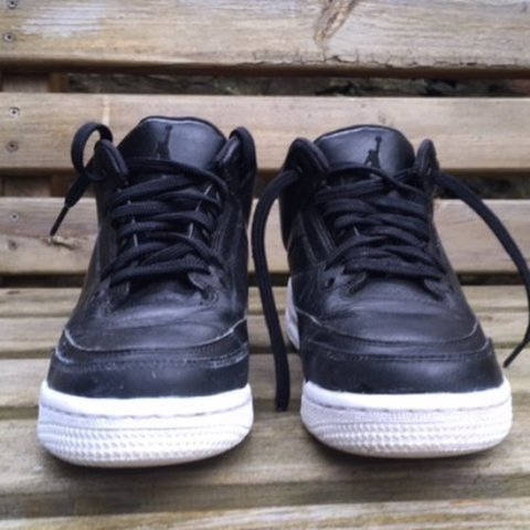 b20a2d8c6 Air Jordan 3 cyber Monday 100% real Good condition Great - Depop