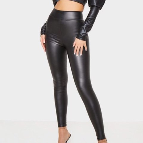 3434f90e739631 @amyeagle_. 2 months ago. Glasgow, United Kingdom. Pretty little thing,  Black wet look high waisted leggings size 6, new with tags!!, never been  worn