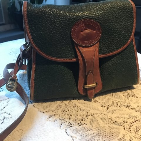Vintage authentic Dooney and Bourke leather purse. Green in - Depop 0d616294b4c1f