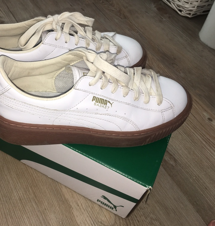check out 4fb40 5006c Puma Basket Heart Patent White 5.5, had for a year... - Depop