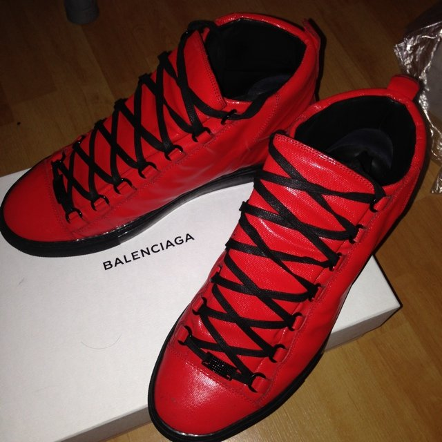 Balenciaga arena..size 42 uk size 8 fits for size 9... Red   - Depop 2eca5c569ab9