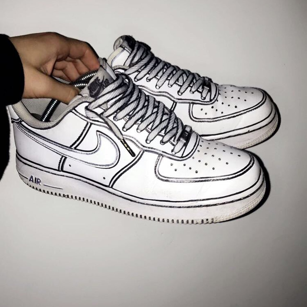 0bac12364219b3 Cartoon custom Air Force 1 Size 7.5 8 10 condition Pm me - Depop