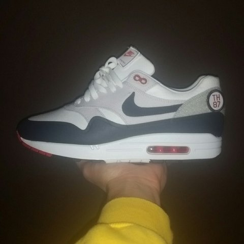 99c5ef30bd @emm_e. 3 years ago. For sale. Airmax 1