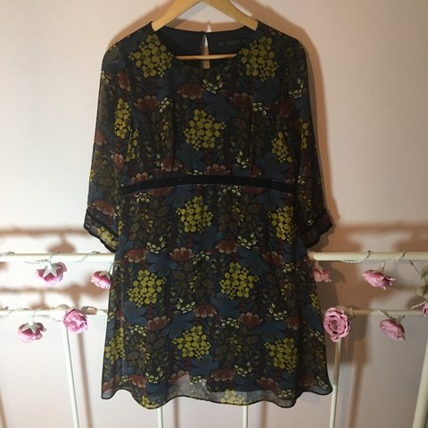 90f2e8b9 @an_award. 8 months ago. York, United Kingdom. Retro style floral print  dress from Zara. Autumnal pattern ...