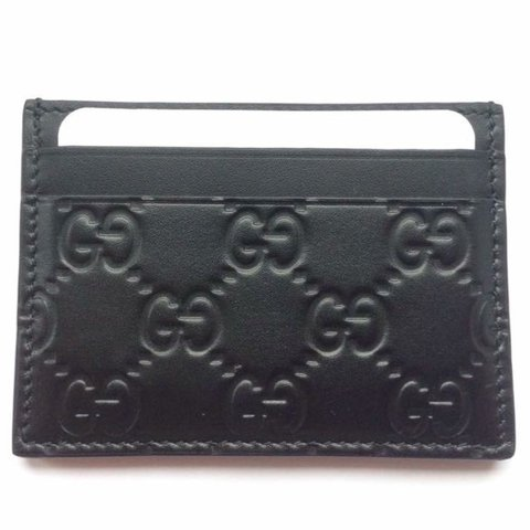 84a048241ccc @lisawardx. 2 years ago. London, United Kingdom. Gucci Men's Card Holder ...