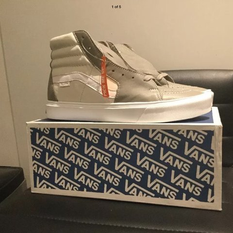 fbac431e28f3 Vans Sk8-Hi Lite LX Hi Top leather trainers Brand new and in - Depop