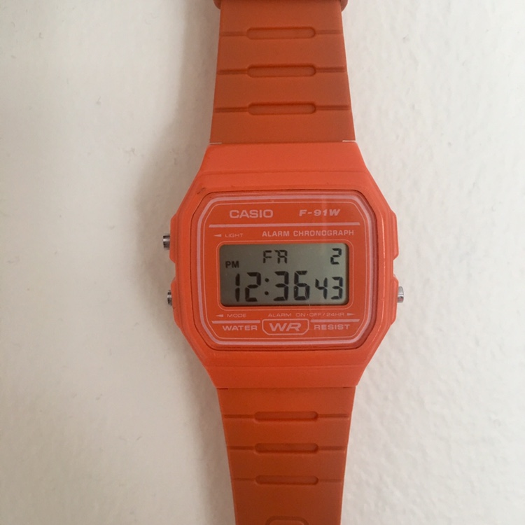 Casio watch Retro vintage Ignore H&M Topshop Depop