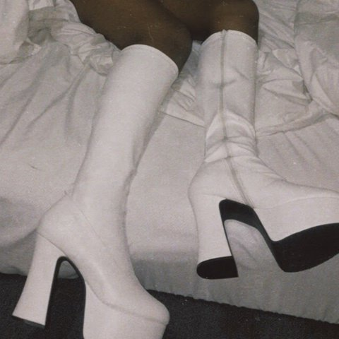 49f342115a6 White platform Gogo boots by pleaser USA 💫 I love these and - Depop