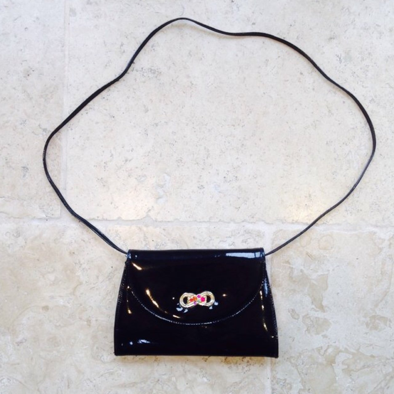 4cda558045 💌 Vintage Brenton black patent wet-look shoulder clutch and - Depop