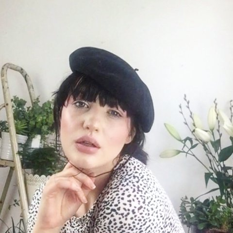 a6707212707d8f 🏷 Tartosa 💌 Black wool thick beret. Size small with brown - Depop