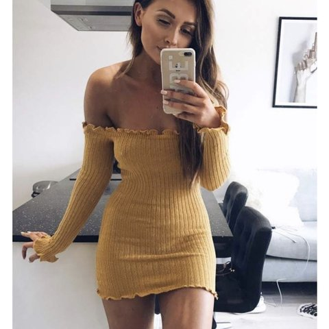 1c44f4a3339e @limesweety. 8 months ago. Bournemouth, United Kingdom. Size 8 In The Style SARAH  ASHCROFT YELLOW RIBBED RUFFLE LONG SLEEVE BARDOT DRESS