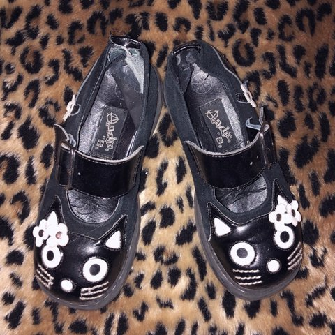 a8e9b8c82a2 WELL LOVED T.U.K ANARCHIC VEGAN SUEDE LEATHER MARY JANES CAT - Depop