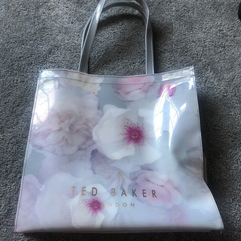 c801894bb2 @abbiemarlow01. 8 months ago. Ilkeston, United Kingdom. 🍭 TED BAKER bag 🍭 brand  new- never used
