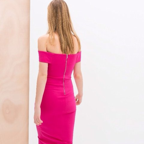 1a8288fb @jazminleigh. 4 years ago. Horsforth, United Kingdom. Pink off the shoulder  dress from zara.