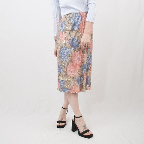 e6c98dcc5 @dishwatervtg. 8 months ago. Bloomington, United States. Vintage 80s 90s  painterly floral midi skirt ...