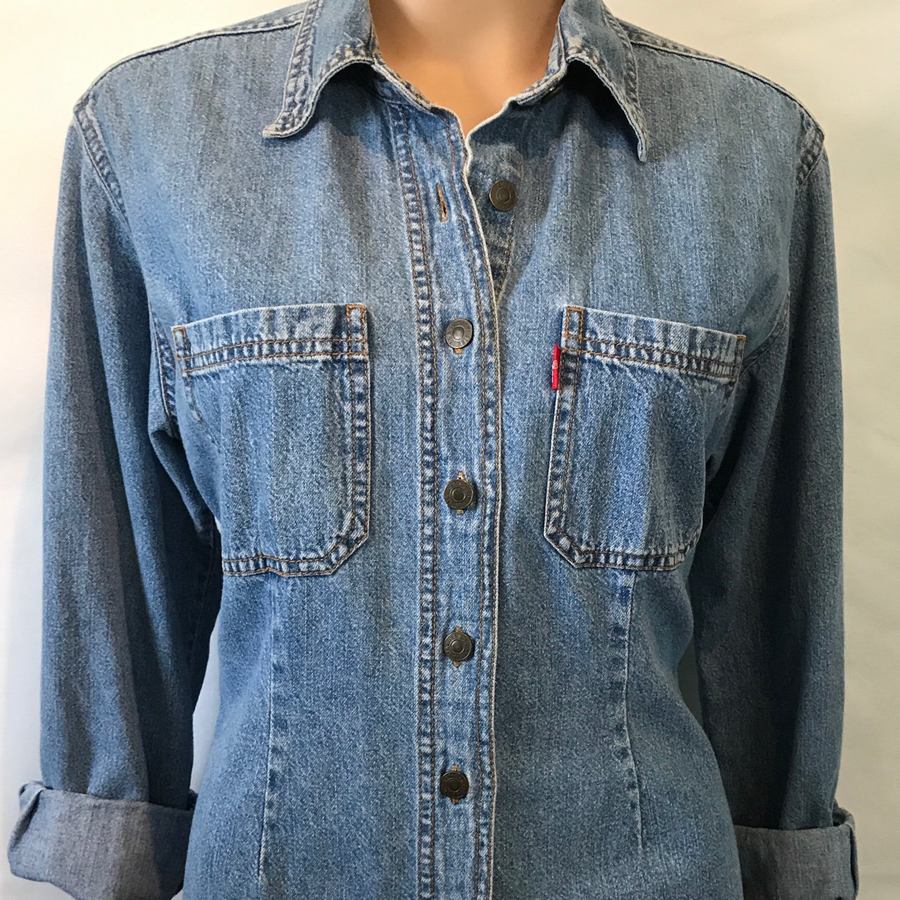 72e80f02f3 Vintage Levi s Blue Jean Shirt Exactly as pictured Please - Depop
