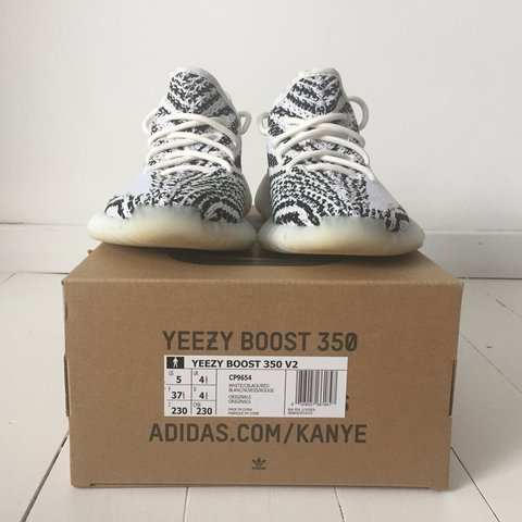 18d5c2b2685c1 Yeezy boost 350 V2 zebra Size  US 5 and UK 4 1 2 Only worn a - Depop
