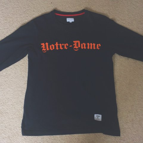 71234a367 Supreme l/s tee notre dame , 9.9/10 condition only flaw is , - Depop