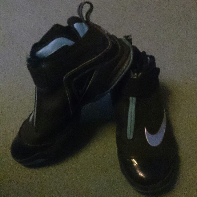 competitive price f70a0 49146 Nike Flight Basketball Shoes. UK- 0