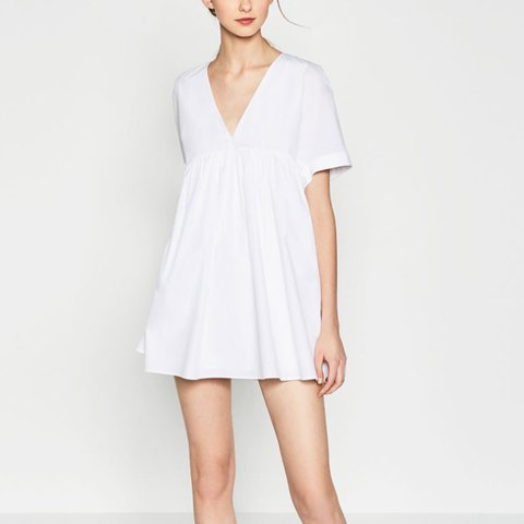 0a60623c94f Zara Poplin playsuit jumpsuit dress in white with v neck and - Depop