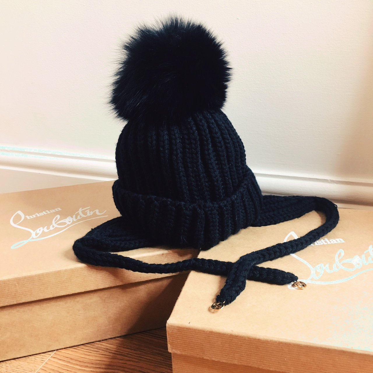 Absolutely Gorgeous ladies Gucci Fox fur bobble hat - from - - Depop a901c6d13c1