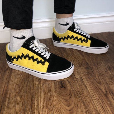5a63ab1c7b Peanuts X Vans Old Skool • 9 10 Condition • Size 5.5 - - Depop