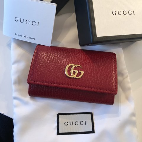 0011d6f3af17 @xinn. last year. Red Hook, United States. Authentic Gucci marmont GG key  holder