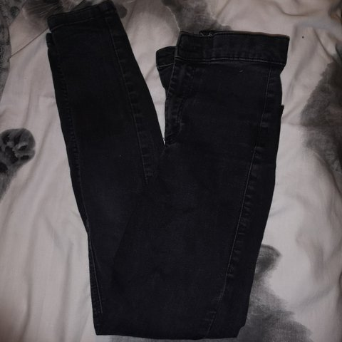 74541b4cf8f85f TOPSHOP black joni jeans. Size w26 L30. Super Skinny and off - Depop