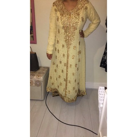 1686949047 Brand new beautiful Asian wedding pakistan / Indian Indian) - Depop