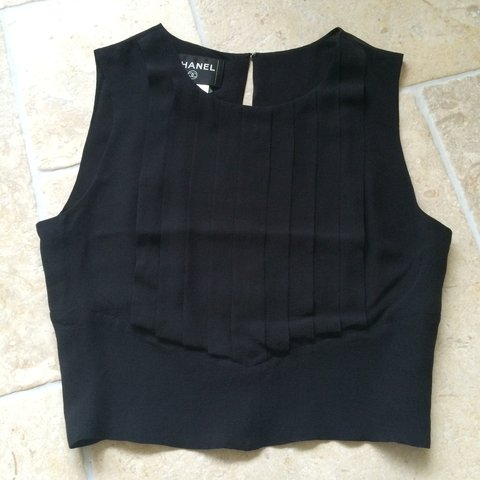 a10fa6d410acf9 chanel black silk crop top with front pleats and keyhole C - Depop