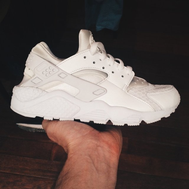 new product 1ea81 d1544 free shipping nike air huarache platinum white. size us7 uk6 eu40. new i  depop