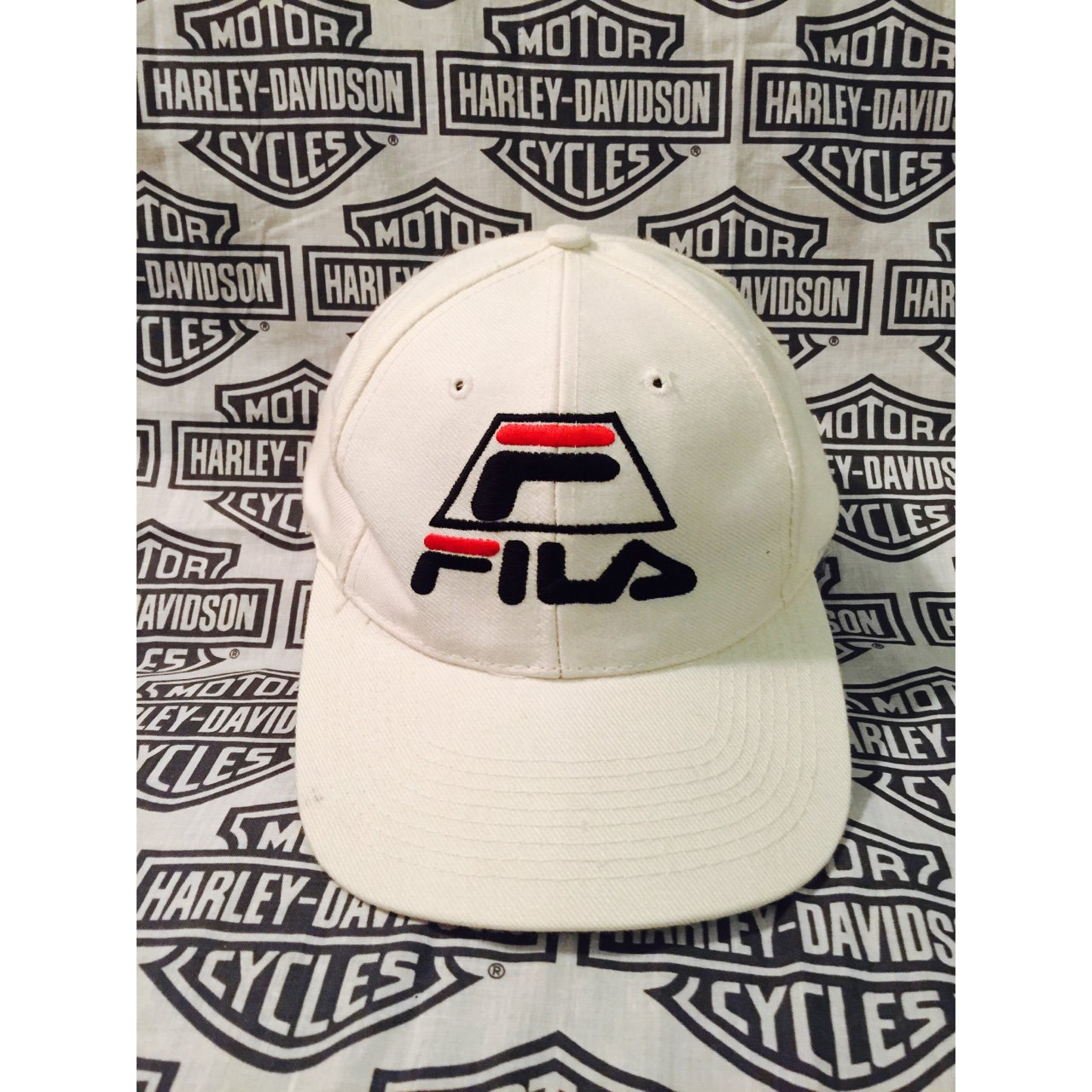 c70d2ab917a Vintage Fila Snapback 🙌🏻 Item is in aaaa-mazing condition - Depop