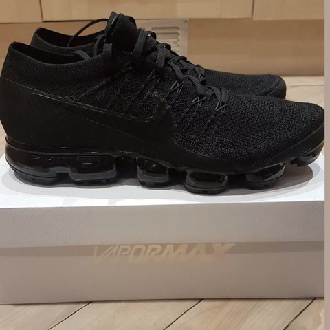 2492367aed501 BRAND NEW NIKE AIR VAPORMAX FLYKNIT TRIPLE BLACK SIZE FROM - Depop