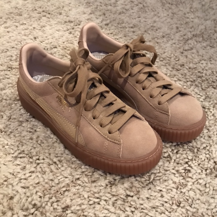 buy popular 355e2 7f46f NWOT suede tan puma creepers. these are sooo cute... - Depop