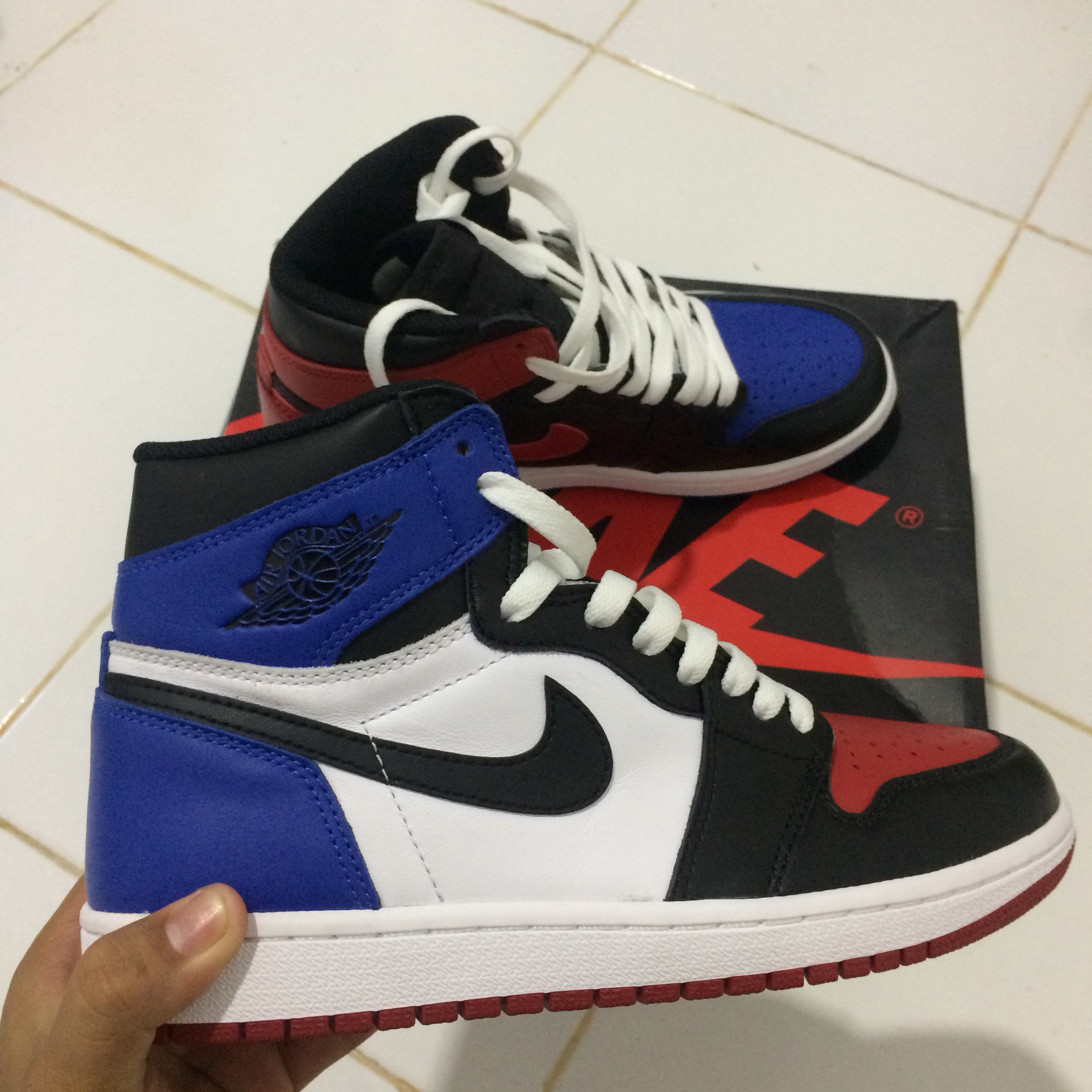 newest 4ac46 275d0 BEST DEAL ! Nike Air Jordan 1 Top 3 9/10 VNDS uk 6... - Depop