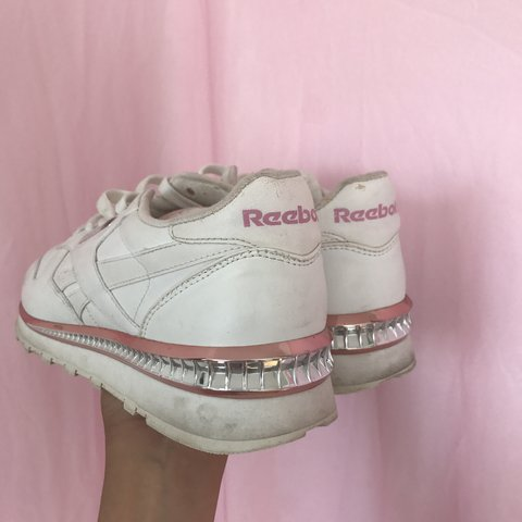 b7f0efbf2888 Reebok Vintage Special Edition Pink Blinged out Sneakers the - Depop