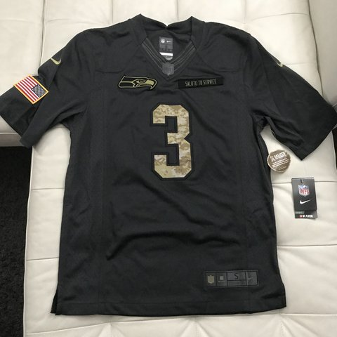 b592d9d573da2 @peterhsiao. 10 months ago. Dallas, United States. BRAND NEW NFL Nike  Seattle Seahawks Salute to Service ...